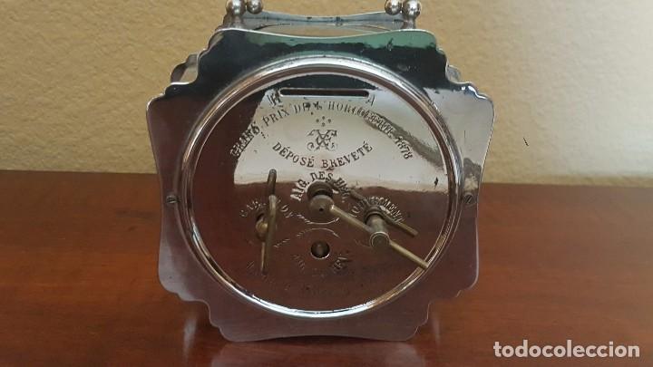 Despertadores antiguos: Reloj despertador francés cromado con áncora a la vista. - Foto 5 - 80956068