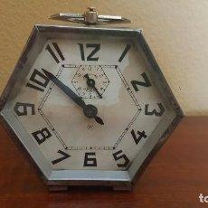 Despertadores antiguos: RELOJ DESPERTADOR MODERNISTA CROMADO. EN FUNCIONAMIENTO.. Lote 80960320
