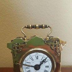 Despertadores antiguos: RELOJ DESPERTADOR PENDOLÍN EN BRONCE. 1870. EN FUNCIONAMIENTO.. Lote 80961200