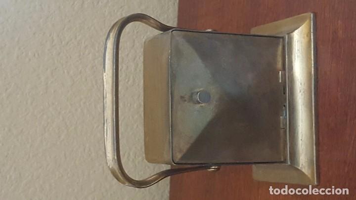 Despertadores antiguos: Reloj despertador modernista inglés en latón dorado. - Foto 4 - 81629668