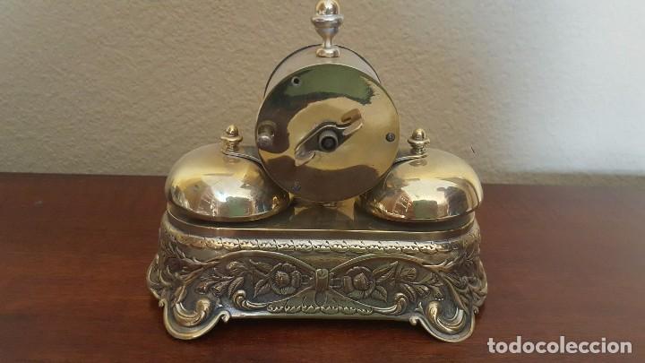 Despertadores antiguos: Reloj despertador PARKER americano en bronce con sonería con campanas - Foto 2 - 81630280