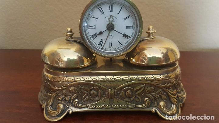 Despertadores antiguos: Reloj despertador PARKER americano en bronce con sonería con campanas - Foto 3 - 81630280
