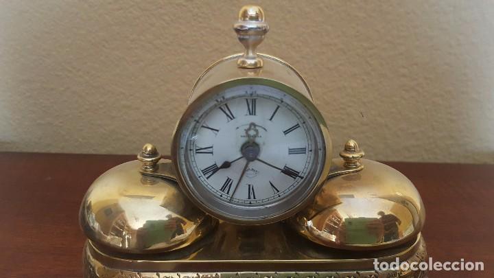 Despertadores antiguos: Reloj despertador PARKER americano en bronce con sonería con campanas - Foto 4 - 81630280