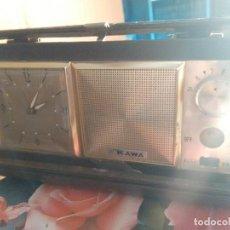 Despertadores antiguos: RADIO RELOJ DESPERTADOR KAWA. Lote 81997748