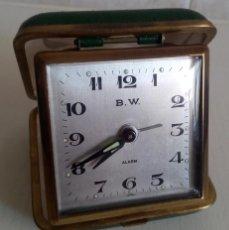 Despertadores antiguos: BONITO RELOJ DESPERTADOR DE VIAJE DE CUERDA MARCA B.W. JAPON AÑOS 60/70. Lote 47733824