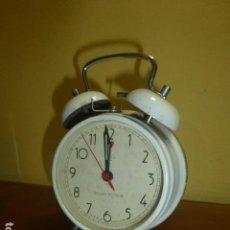 Despertadores antiguos: RELOJ DESPERTADOR GOLDEN ROOSTER. AÑOS 70. CARGA MANUAL. DE STOCK DE TIENDA.. Lote 99508683