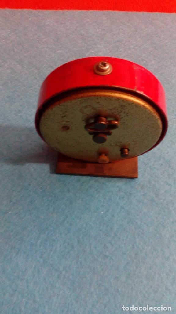 Despertadores antiguos: RELOJ DESPERTADOR MICRO FUNCIONANDO MEDIDAS 7X6 CM - Foto 3 - 86252288