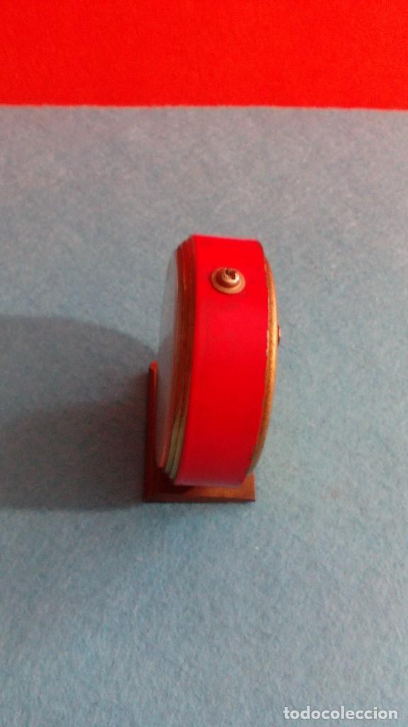 Despertadores antiguos: RELOJ DESPERTADOR MICRO FUNCIONANDO MEDIDAS 7X6 CM - Foto 4 - 86252288