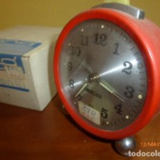 Despertadores antiguos: RELOJ DESPERTADOR GONG. CARGA MANUAL. AÑOS 70 VINTAGE. A ESTRENAR, DE STOCK DE RELOJERÍA. Lote 86725436
