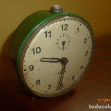 Despertadores antiguos: RELOJ DESPERTADOR META. AÑOS 70 VINTAGE. CARGA MANUAL. FUNCIONA CORRECTAMENTE.. Lote 86726884