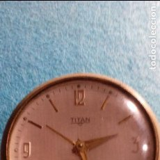 Despertadores antiguos: RELOJ DESPERTADOR TITAN FUNCIONANDO MEDIDAS 8X6X2 CM. Lote 87534052