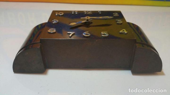Despertadores antiguos: RELOJ DESPERTADOR DE MADERA ART DECO - Foto 6 - 88355104