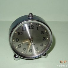 Despertadores antiguos: ANTIGUO RELOJ DESPERTADOR DE CARGA MANUAL MADE IN SPAIN 2 JEWELS GONG. Lote 93683210