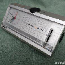 Despertadores antiguos: RARO RADIO DESPERTADOR VINTAGE MARCA PHILIPS. Lote 98815935