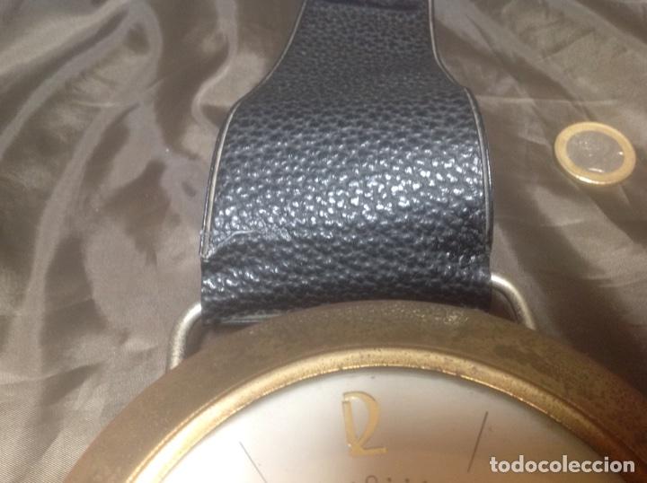 Despertadores antiguos: Reloj de pulsera gigante en latón y plástico publicidad Telasa S.A. Caracas - Foto 5 - 103286759