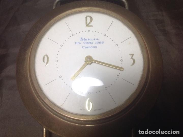 Despertadores antiguos: Reloj de pulsera gigante en latón y plástico publicidad Telasa S.A. Caracas - Foto 11 - 103286759