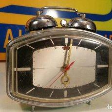 Despertadores antiguos: RELOJ DESPERTADOR MADE IN CHINA OBALADO. Lote 104530535