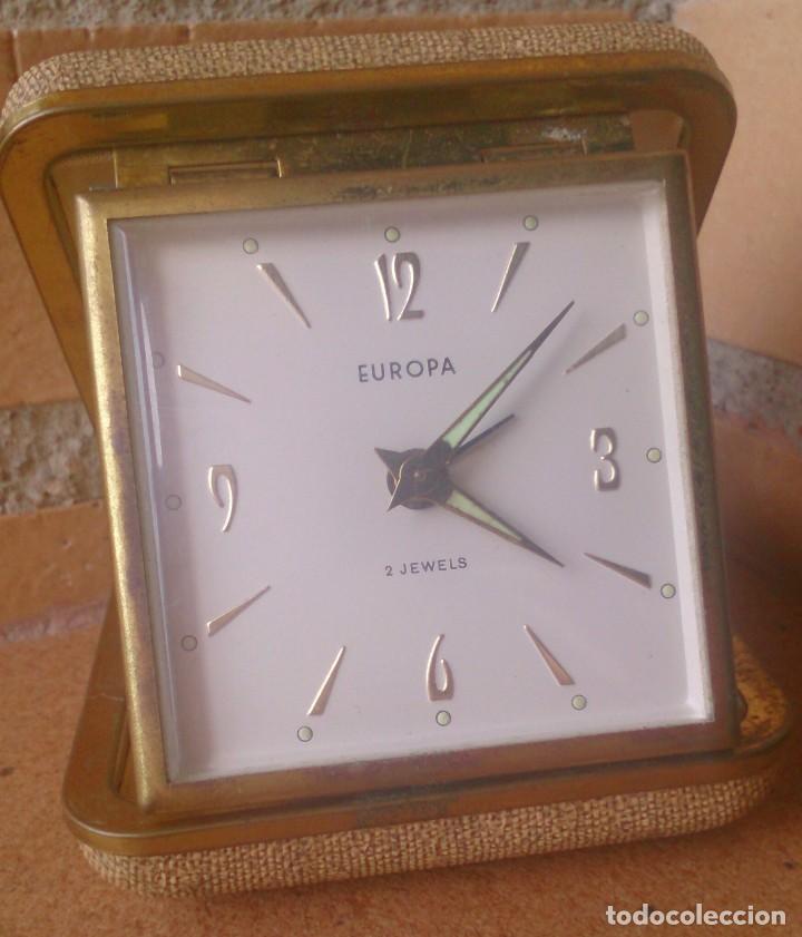 RELOJ DESPERTADOR DE VIAJE MARCA EUROPA AÑOS 70 (Relojes - Relojes Despertadores)