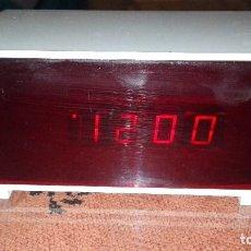 Despertadores antiguos: CURIOSO RELOJ DESPERTADOR RETRO VINTAGE. Lote 105186751