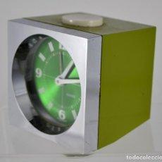 Despertadores antiguos - Reloj despertador verde / KAISER / West Germany / 8cm x 8cm x 7,5cm - 110396031