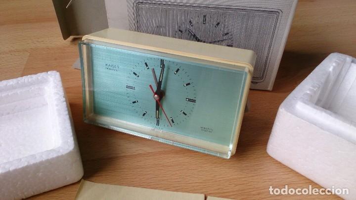 Despertadores antiguos: Antiguo Reloj Kaiser Repetitor con caja original años 60 - Foto 8 - 113568459