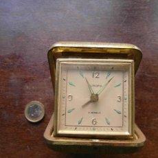 Despertadores antiguos: RELOJ DESPERTADOR DE VIAJE MARCA EUROPA. 2 JEWELS.. Lote 117996511