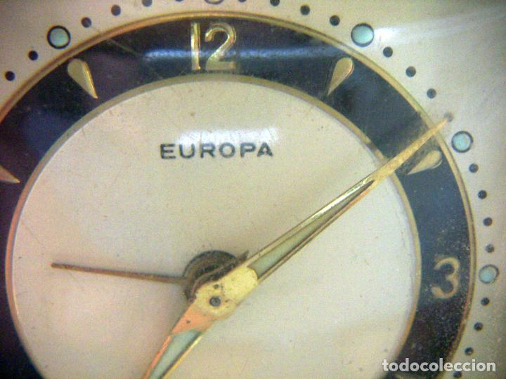Despertadores antiguos: RELOJ DESPERTADOR PETACA MARCA EUROPA - Foto 2 - 118601731