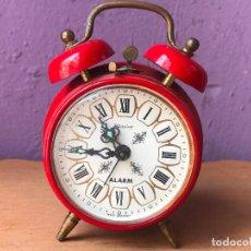 Despertadores antiguos - Pequeño reloj despertador rojo Blessing - 119126755