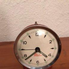 Despertadores antiguos: ANTIGUO RELOJ DESPERTADOR DE CUERDA MARCA MICRO. Lote 122721916