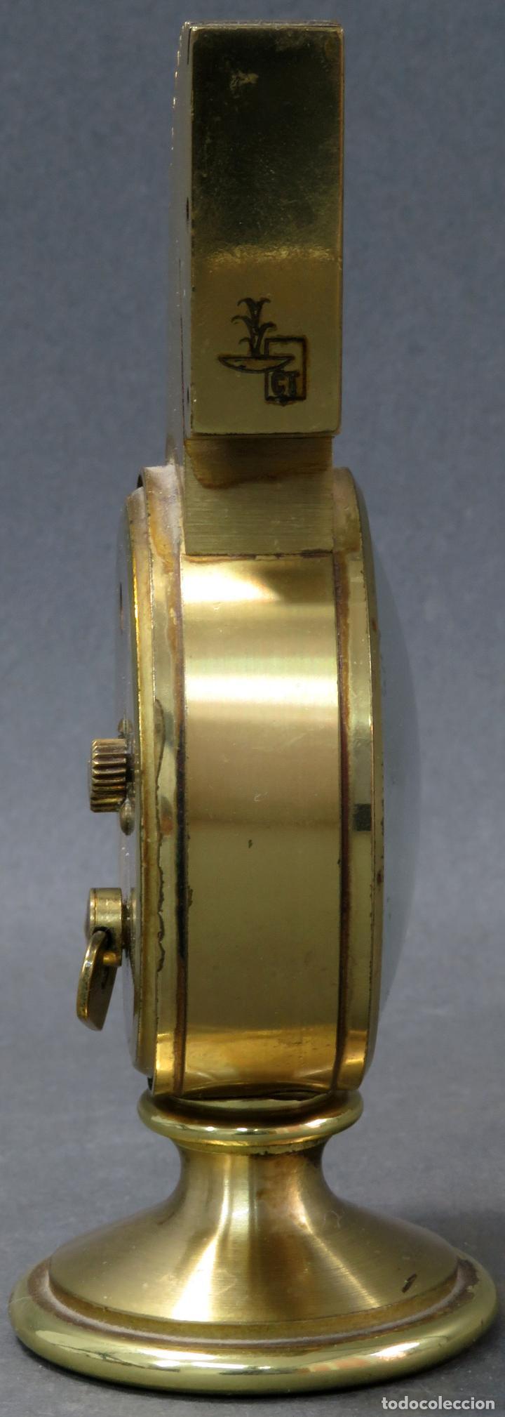 Despertadores antiguos: Reloj despertador bronce forma cabeza caballo Swiza ocho días funcionando años 80 - Foto 6 - 124628555