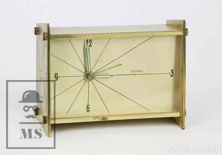 RELOJ DESPERTADOR VINTAGE DE SOBREMESA - OBAYARDO - DORADO - MEDIDAS 11,5 X 4,5 X 8,5 CM (Relojes - Relojes Despertadores)