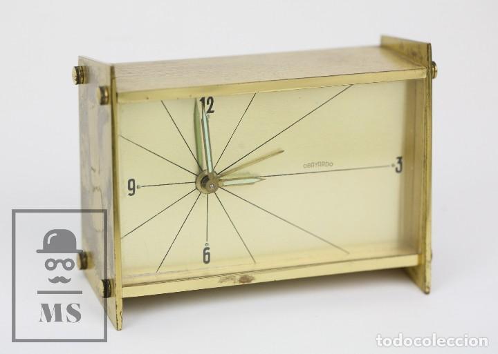 Despertadores antiguos: Reloj Despertador Vintage de Sobremesa - Obayardo - Dorado - Medidas 11,5 x 4,5 x 8,5 cm - Foto 7 - 132620887