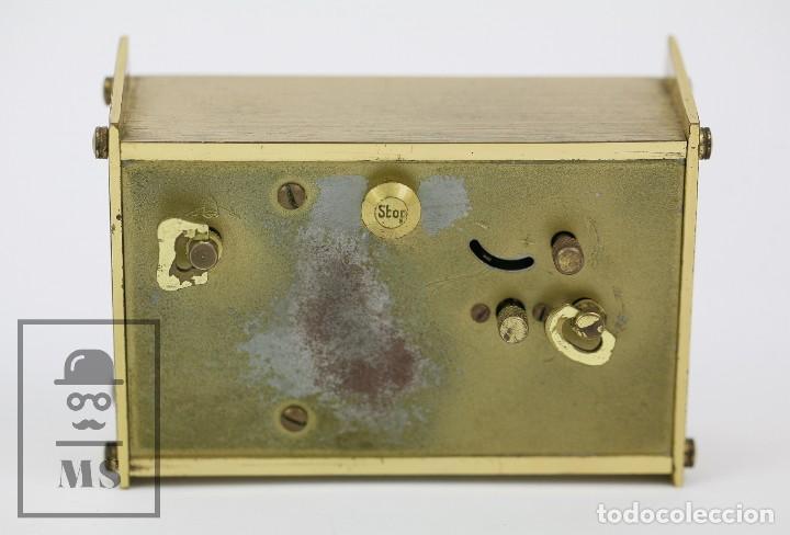 Despertadores antiguos: Reloj Despertador Vintage de Sobremesa - Obayardo - Dorado - Medidas 11,5 x 4,5 x 8,5 cm - Foto 8 - 132620887