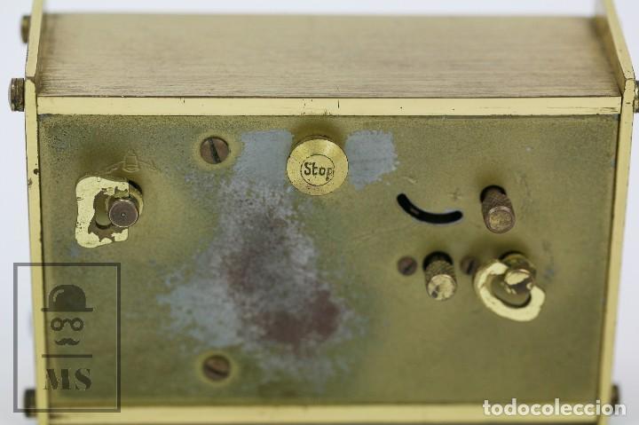 Despertadores antiguos: Reloj Despertador Vintage de Sobremesa - Obayardo - Dorado - Medidas 11,5 x 4,5 x 8,5 cm - Foto 9 - 132620887