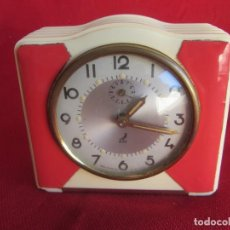 Despertadores antiguos: RELOJ DESPERTADOR JAZ ANTIGUO TIPO ART DECÓ. 1950-1960. Lote 129392663