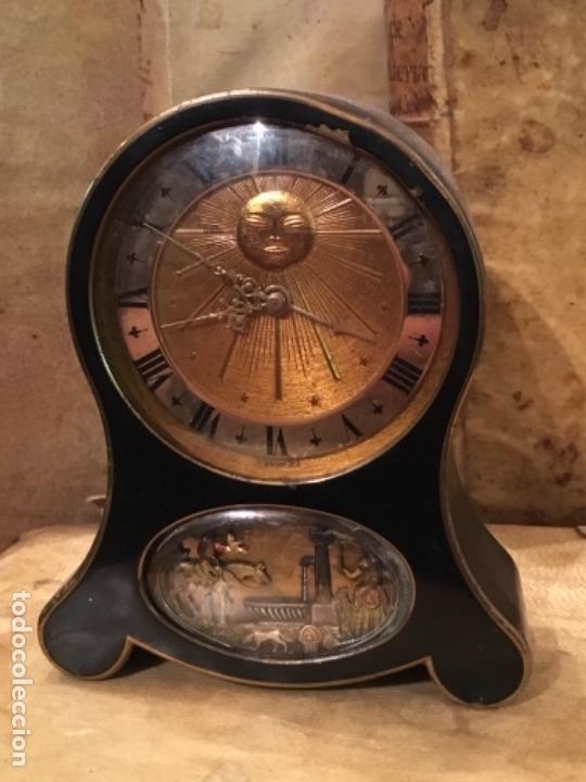 RELOJ DESPERTADOR CON MOVIMIENTO Y MÚSICA MARCA JAEGER SWIS , NO FUNCIONA (Relojes - Relojes Despertadores)