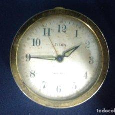 Despertadores antiguos: DESPERTADOR TITAN TWIN BELL PARA PIEZAS O ARREGLAR.. Lote 131433270