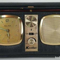 Despertadores antiguos: RADIO RELOJ DESPERTADOR KENTON. MADE IN HONG KONG. CIRCA 1960. . Lote 131717738