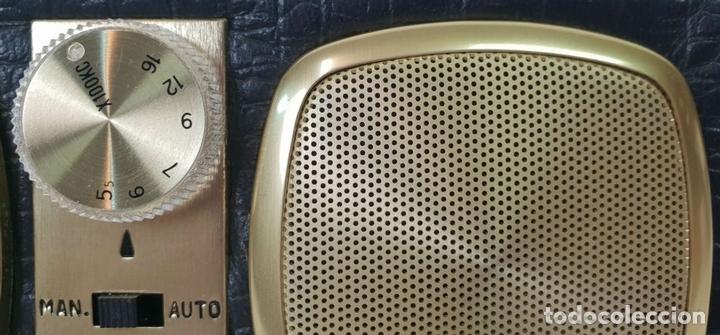 Despertadores antiguos: RADIO RELOJ DESPERTADOR KENTON. MADE IN HONG KONG. CIRCA 1960. - Foto 6 - 131717738