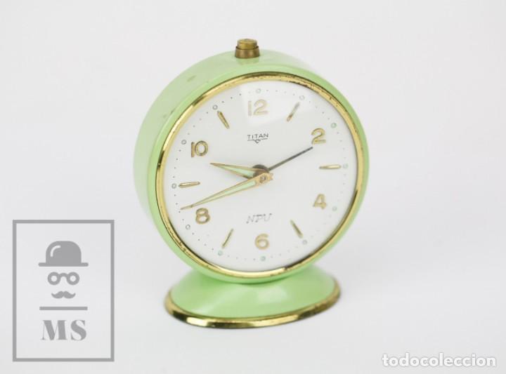 RELOJ DESPERTADOR VINTAGE - TITAN / NPU - VERDE PASTEL - RESTAURACIÓN - AÑOS 50-60 (Relojes - Relojes Despertadores)