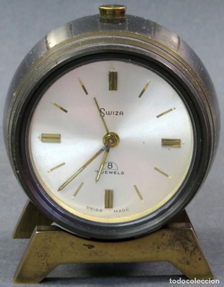 RELOJ DESPERTADOR SUIZA SWISS MADE EN FORMA DE BARRIL AÑOS 60 FUNCIONA (Relojes - Relojes Despertadores)