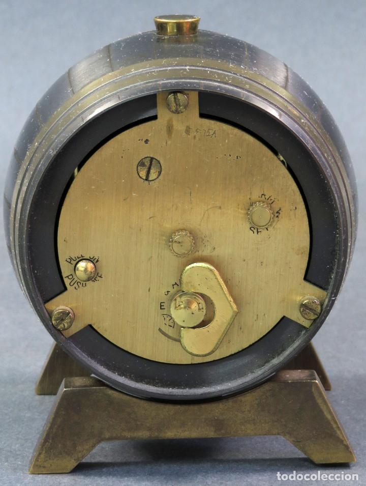 Despertadores antiguos: Reloj despertador Suiza Swiss Made en forma de barril años 60 funciona - Foto 3 - 133007738