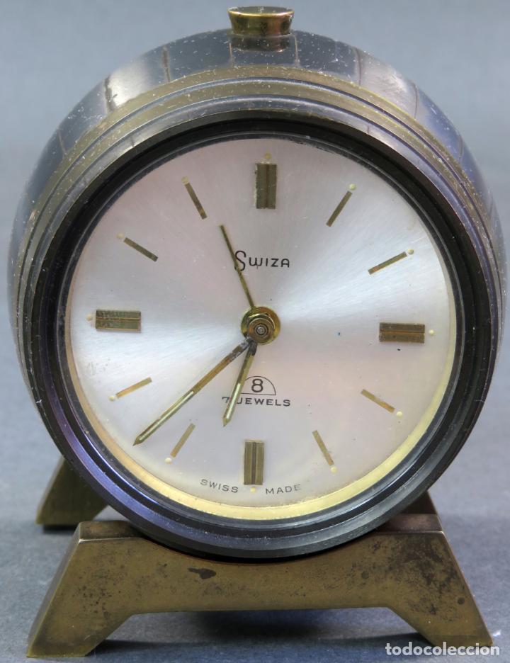 Despertadores antiguos: Reloj despertador Suiza Swiss Made en forma de barril años 60 funciona - Foto 4 - 133007738