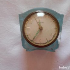 Despertadores antiguos: BONITO RELOJ DESPERTADOR TRANSPARENTE. Lote 133895506