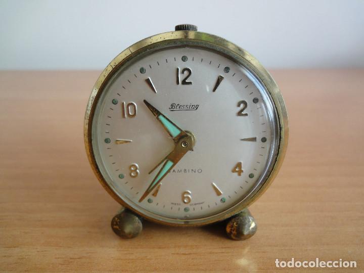 ANTIGUO RELOJ DESPERTADOR BLESSING BAMBINO A CUERDA. ALEMANIA, AÑOS 50. FUNCIONA (Relojes - Relojes Despertadores)