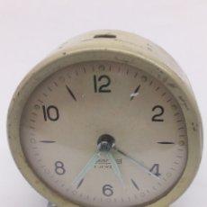 Despertadores antiguos: RELOJ DESPERTADOR 2JEWELS PARA PIEZAS. Lote 135102382