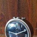 Despertadores antiguos: ANTIGUO RELOJ DESPERTADOR JAZ CARGA MANUAL MESITA SOBREMESA. Lote 135571707