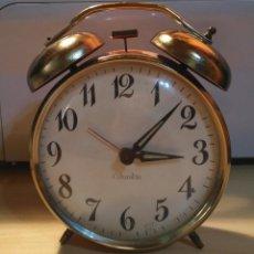 Despertadores antiguos: VINTAGE - RG 14 RELOJ DESPERTADOR NARANJA / DORADO COLUMBIA - DIAGONAL ESFERA 10.50CM. Lote 137652550