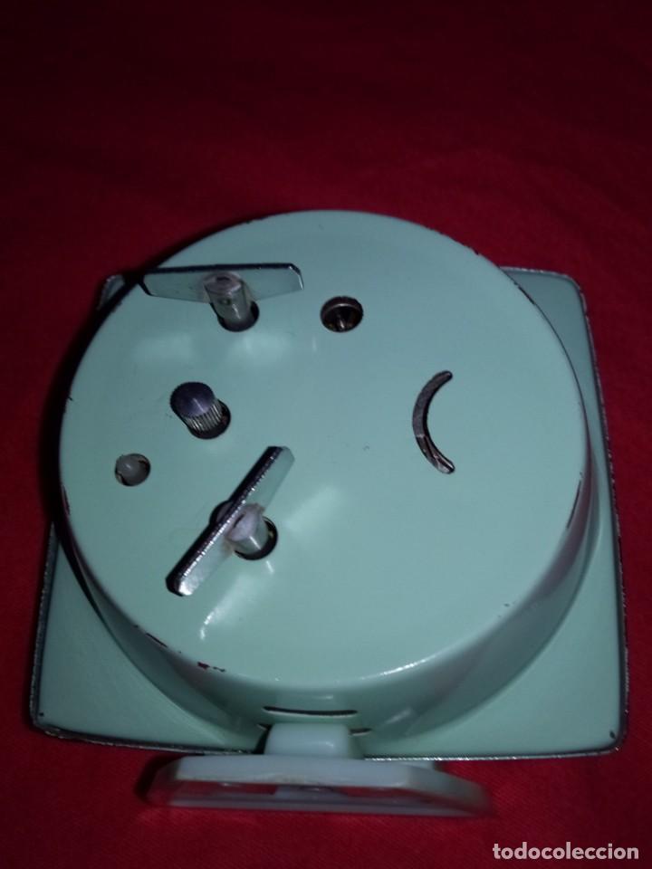 Despertadores antiguos: Despertador antiguo, made in China, para restaurar o repuestos - Foto 3 - 142830498