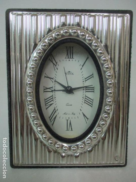 RELOJ DESPERTADOR - MARCA WENK - QUARTZ - MADE IN ITALY - MARCO FORRADO EN PLATA (Relojes - Relojes Despertadores)